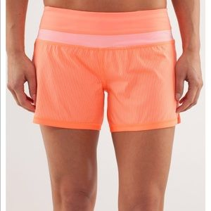 Lululemon Groovy Wagon Stripe Run Shorts 6